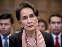 """Аун Сан Су Чи эх орондоо болж байгаа """"дайн""""-ыг мэдээ"""